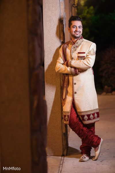 Portraits in Mansfield, TX Indian Wedding by MnMfoto