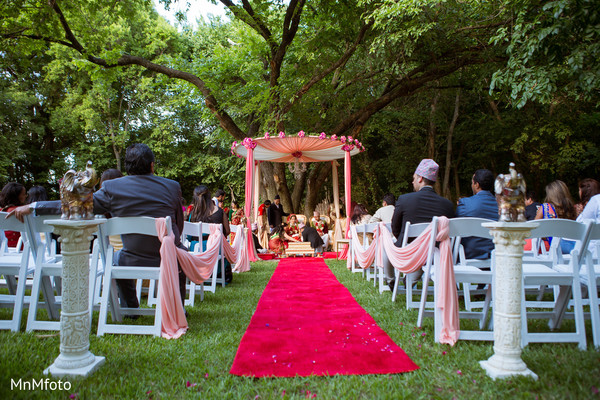 indian wedding ceremony,indian wedding mandap,altar