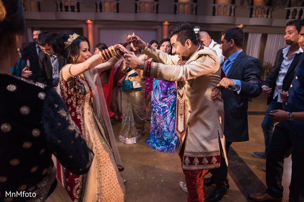 Reception in Mansfield, TX Indian Wedding by MnMfoto