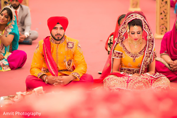 sikh ceremony,indian weddings,sikh