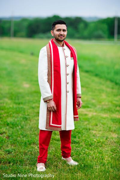 indian wedding first look,indian wedding first look portraits,indian groom fashion,indian groom sherwani