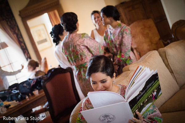 Getting Ready in Coral Gables, FL Indian Fusion Wedding by Ruben Parra Studio