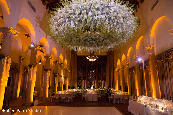 Coral gables fl indian fusion wedding by ruben parra for Hotel wedding decor
