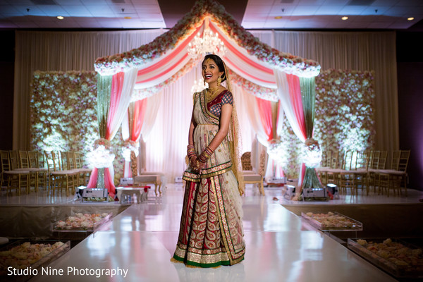 indian wedding portraits,indian wedding mandap