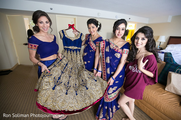 Getting Ready in Philadelphia, PA Indian Wedding by Ron Soliman Photojournalism