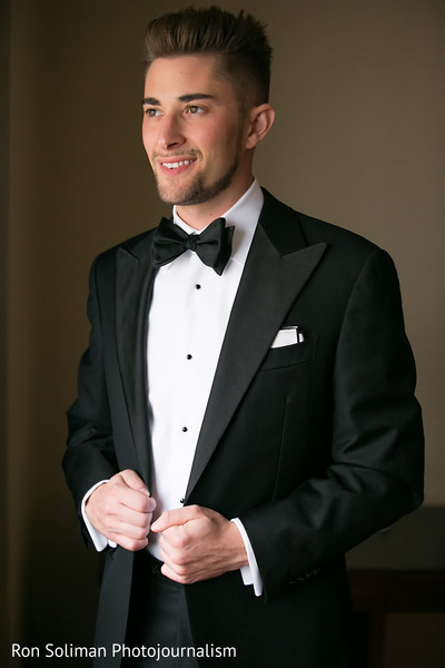 getting ready,tuxedo,groom fashion,groom
