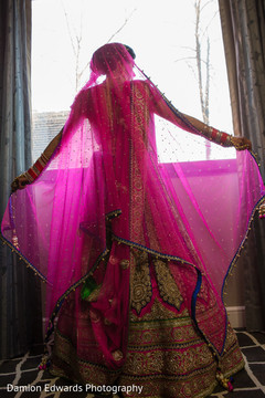 indian bride getting ready,indian wedding lengha