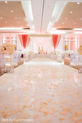 indian wedding ceremony,outdoor indian wedding decor