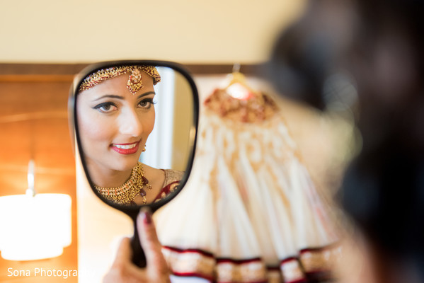 Getting Ready in Orlando, FL Indian Wedding by Sona Photography