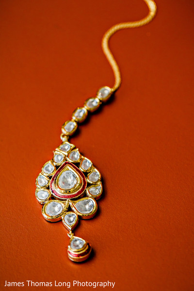 Indian bride jewelry,Indian wedding jewelry,Indian bridal jewelry,Indian jewelry,Indian wedding jewelry for brides,Indian bridal jewelry sets,bridal Indian jewelry,Indian wedding jewelry sets for brides,Indian wedding jewelry sets,wedding jewelry Indian bride,tikka,Indian wedding tikka,bridal tikka,wedding tikka,tikka for Indian bride