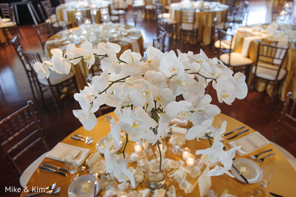 indian wedding reception floral and decor,floral centerpieces,floral arrangements
