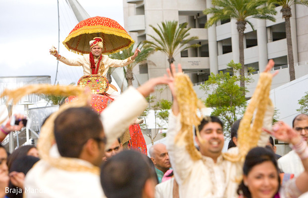 Baraat in 6 Expert Tips for Great Wedding Photographs by Braja Mandala Photography