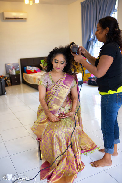 Getting Ready in Kempas, Malaysia Indian Wedding by Swans Wedding