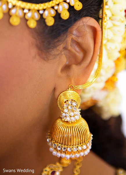 Bridal Jewelry in Kempas, Malaysia Indian Wedding by Swans Wedding