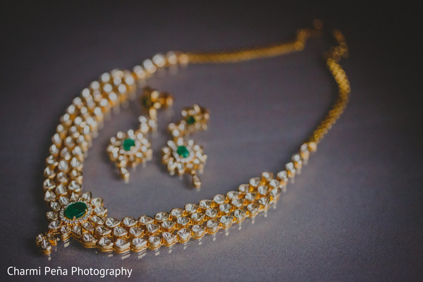 indian wedding necklace,indian weddings,indian bridal jewelry,gold indian wedding jewelry
