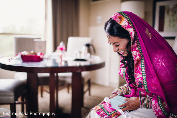 Getting Ready in Princeton, NJ Indian Wedding by Charmi Peña Photography