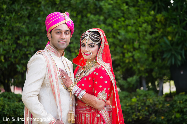 indian wedding portraits,indian bridal hair and makeup,tikka