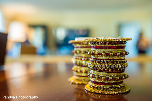 indian bridal jewelry,indian wedding jewelry,bridal indian jewelry,indian wedding jewelry sets,indian wedding bangles,indian bridal bangles,indian church wedding,churi,bridal churi