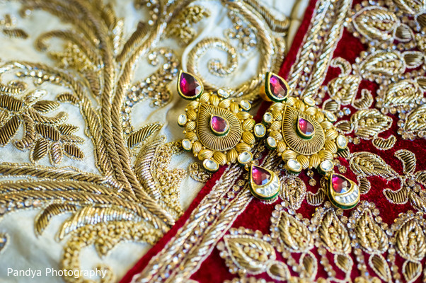 indian bridal jewelry,indian wedding jewelry,bridal indian jewelry,indian wedding jewelry sets,indian weddings,indian bridal earrings,earrings,gold indian wedding jewelry,gold earrings