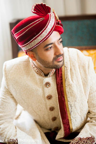 indian bride getting ready,indian groom fashion,indian groom sherwani,indian weddings
