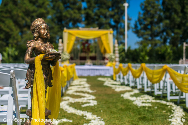 indian wedding ceremony,outdoor indian wedding,indian wedding mandap,outdoor indian wedding mandap