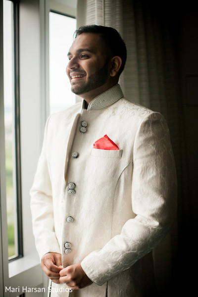 indian bride getting ready,indian groom sherwani