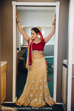indian bride getting ready,indian bridal lengha,indian wedding lengha,indian bridal fashions