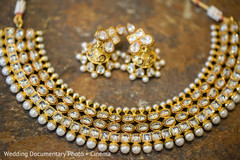 indian bridal jewelry,indian wedding necklace,indian weddings,gold indian wedding jewelry