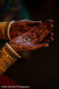 indian wedding rings,indian bride and groom,indian engagement ring,indian wedding jewelry,indian bridal mehndi,indian bridal henna,indian wedding henna,indian wedding mehndi,mehndi for indian bride,henna for indian bride,indian weddings,indian wedding design
