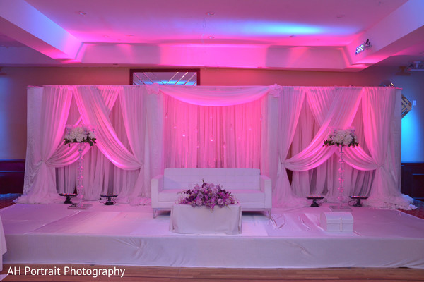 reception,reception decor,sweetheart stage