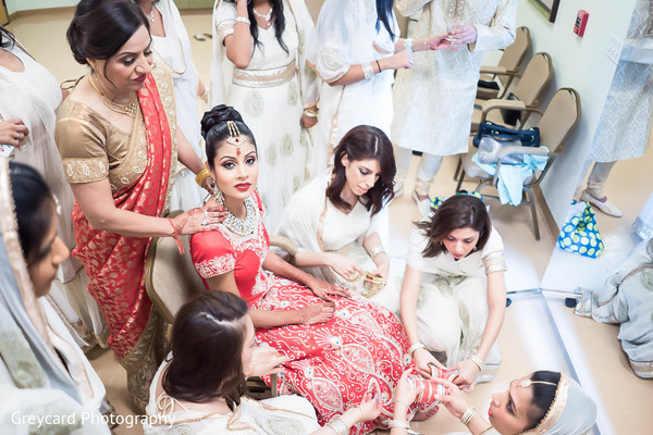 Getting Ready in Los Angeles, CA Sikh Wedding by Greycard Photography