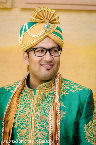first look,first look portraits,sherwani,groom fashion,outdoor portraits,portraits,pagri,headpiece