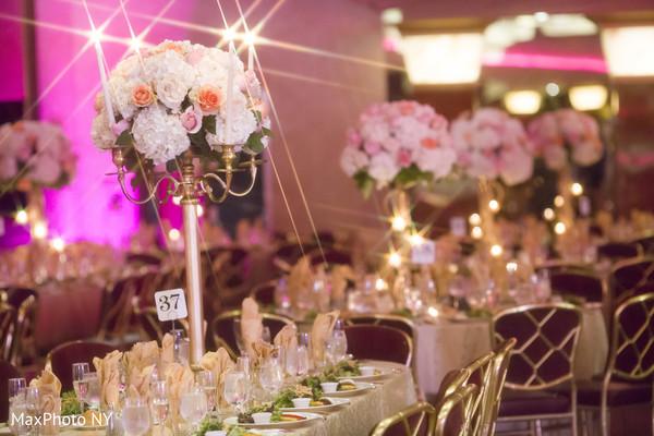 floral arrangements,floral centerpieces,reception decor,table settings,floral centerpiece