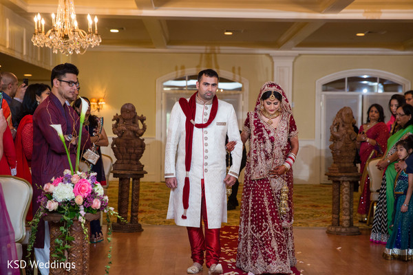 indian wedding ceremony,indian ceremony,bridal lengha,lengha,bridal fashion