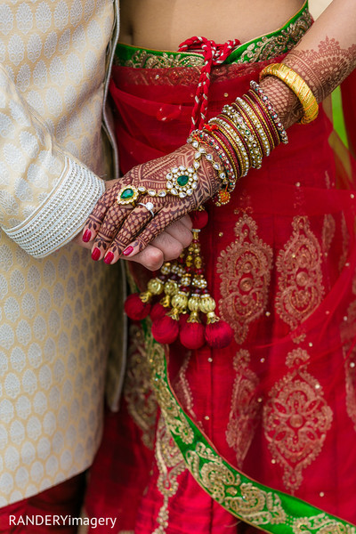 indian wedding mehndi,indian bridal jewelry,indian wedding bangles