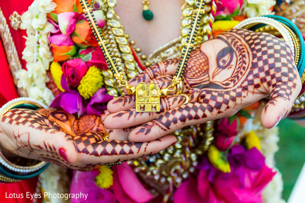 indian wedding necklace,necklace for indian bride,necklace for indian wedding,bridal necklace,indian wedding necklaces,bridal mehndi,bridal henna,henna,mehndi,mehndi for indian bride,henna for indian bride,mehndi artist,henna artist,mehndi designs,henna designs,mehndi design