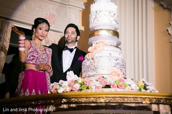 Yuba city ca indian wedding by lin jirsa photography maharani indian wedding receptionreceptionreception fashioncakewedding cakecake cutting junglespirit Image collections