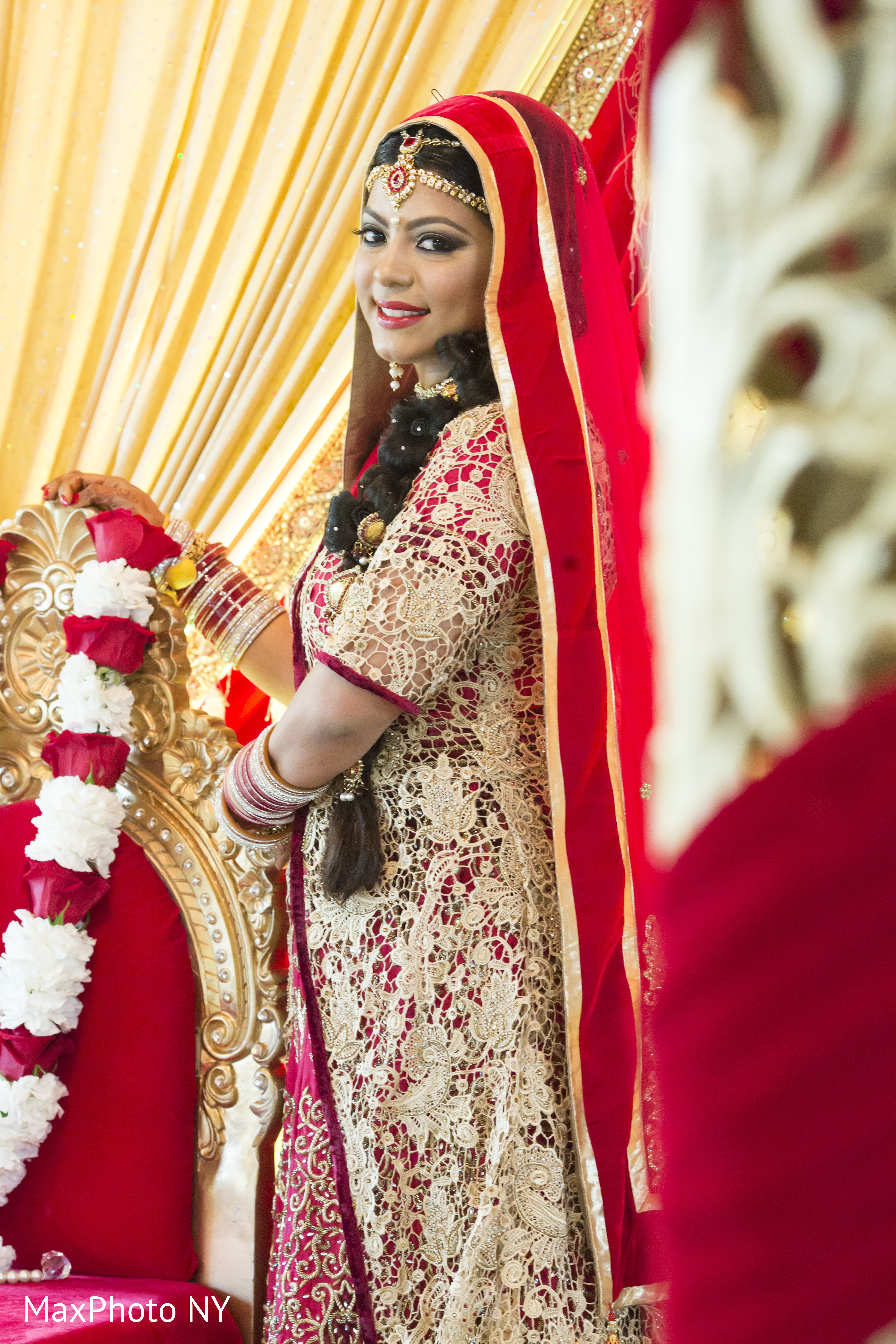 Getting ready in queens ny indian wedding by by maxphoto for Indian jewelry queens ny