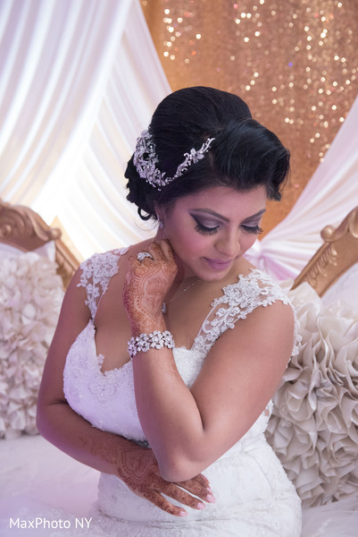 Bridal Fashion in Queens, NY Indian Wedding by by MaxPhoto NY