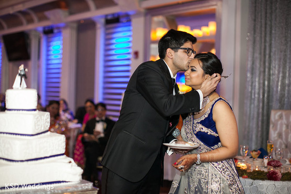 indian wedding reception,reception,cake cutting,wedding cake,cake