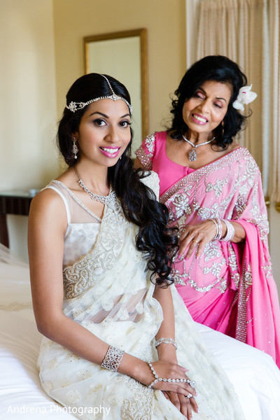 getting ready,hair and makeup,bridal jewelry,silver jewelry,sari