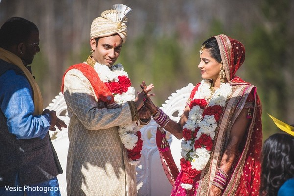 Ceremony in Greensboro, NC Indian Wedding by Vesic Photography