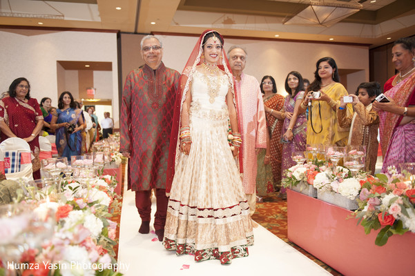 indian wedding ceremony,indian wedding,indian bridal fashions