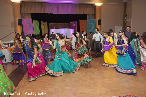 garba,pre-wedding fashion,pre-wedding celebrations,pre-wedding celebration,performers