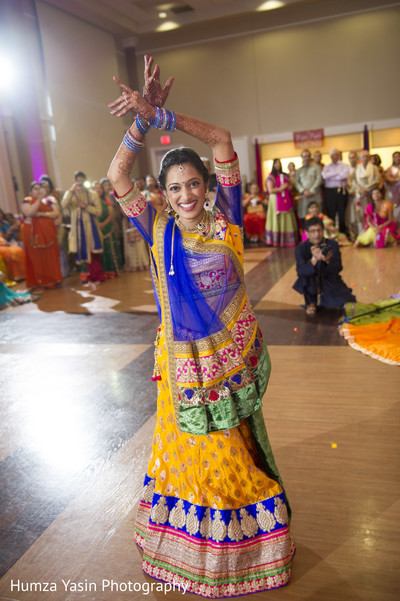 garba,pre-wedding fashion,pre-wedding celebrations,pre-wedding celebration,lengha