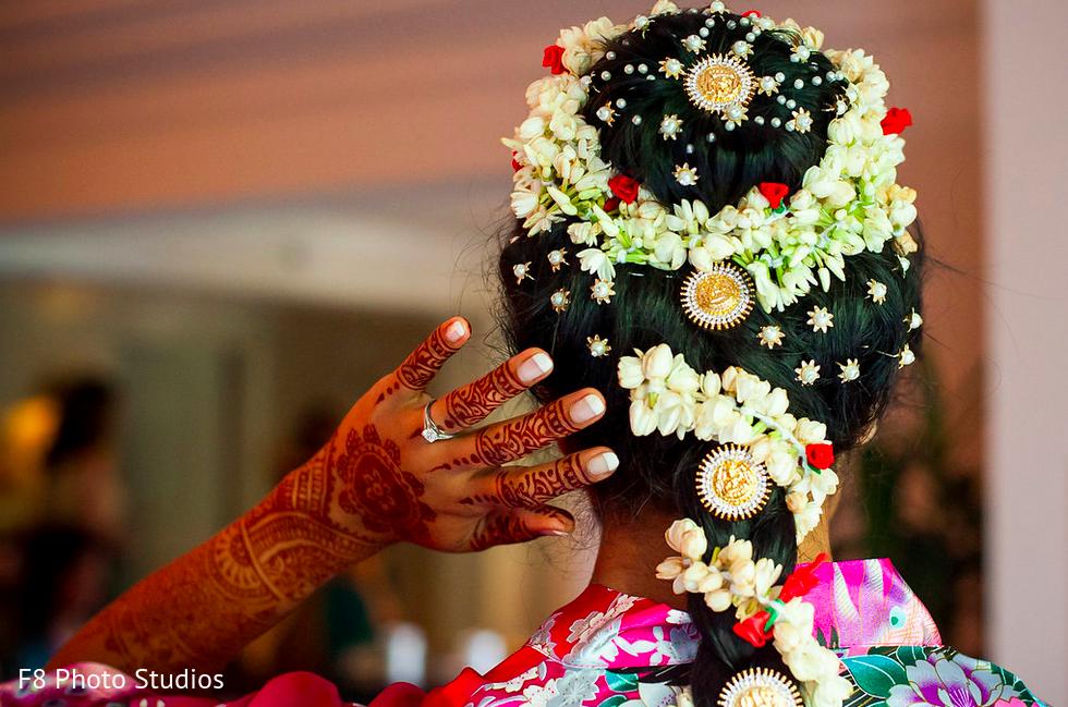 Superb Inspiration Photo Gallery Indian Weddings South Indian Bridal Short Hairstyles Gunalazisus