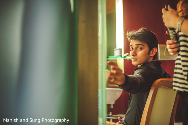 Groom Getting Ready in Mumbai Indian Wedding by Manish and Sung Photography