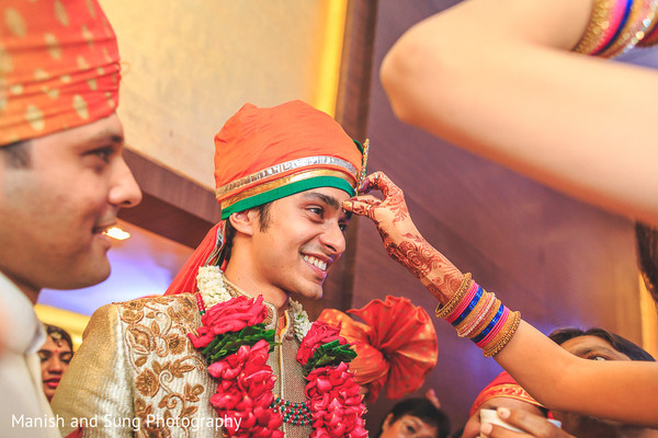 baraat,groom baraat,indian groom,indian groom baraat,baraat procession,baraat ceremony,indian bridegroom,milni,milni ceremony