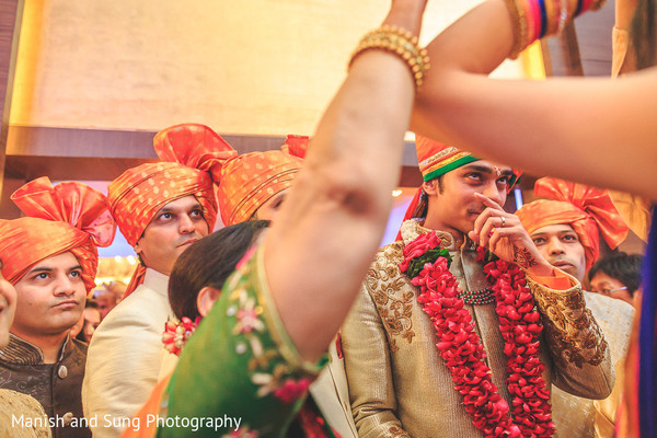 Milni in Mumbai Indian Wedding by Manish and Sung Photography