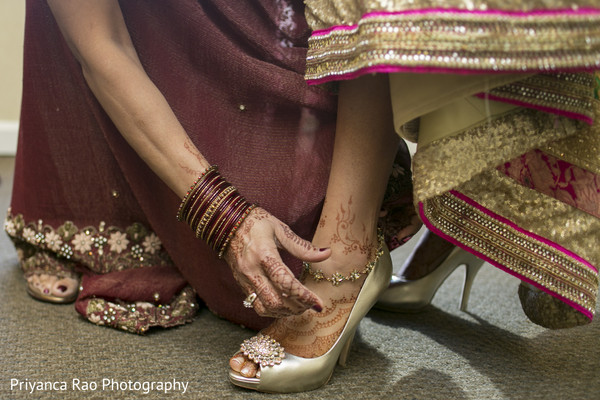 getting ready,shoes,mehndi